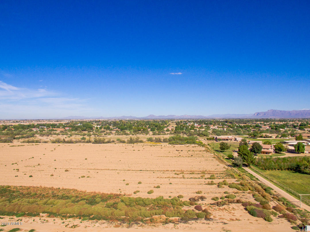 MLS 5841739 205 W RED FERN Road, San Tan Valley, AZ 85140 San Tan Valley