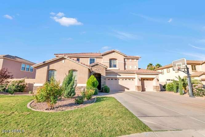 Photo of 3752 S MARTINGALE Road, Gilbert, AZ 85297