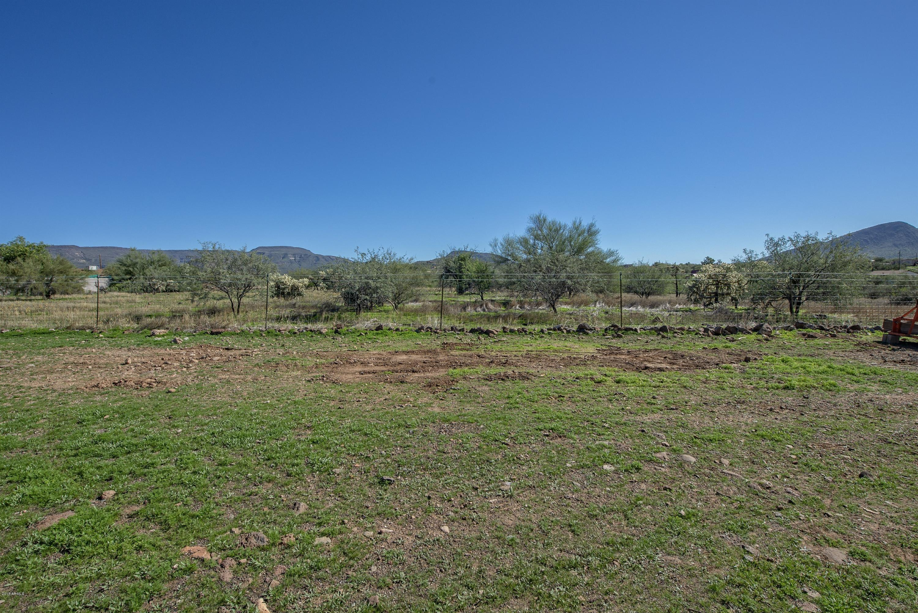 MLS 5842837 45203 N 6TH Street, New River, AZ 85087 New River