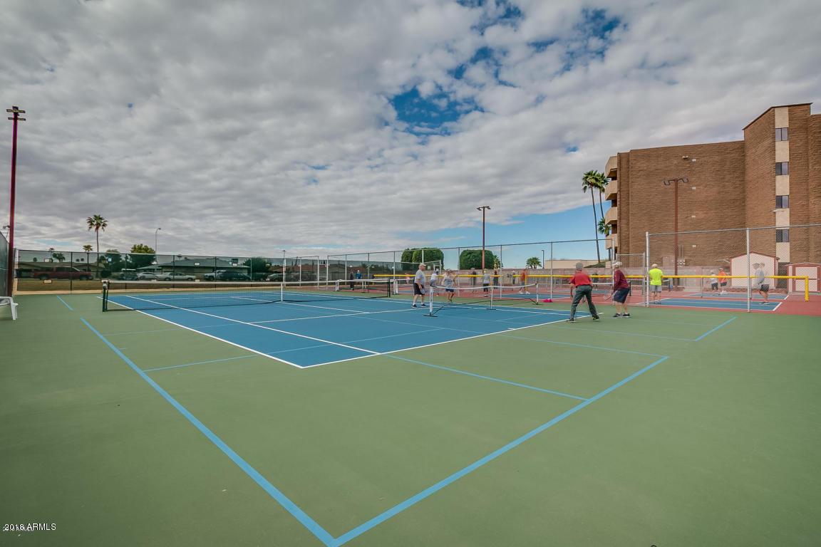 MLS 5842973 425 S PARKCREST -- Unit 315 Building 3, Mesa, AZ Mesa AZ Golf