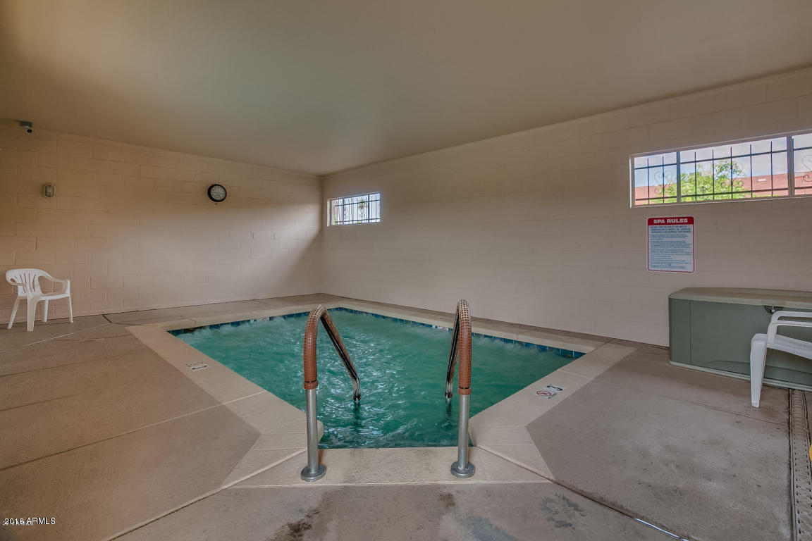 MLS 5842973 425 S PARKCREST -- Unit 315 Building 3, Mesa, AZ Mesa AZ Condo or Townhome