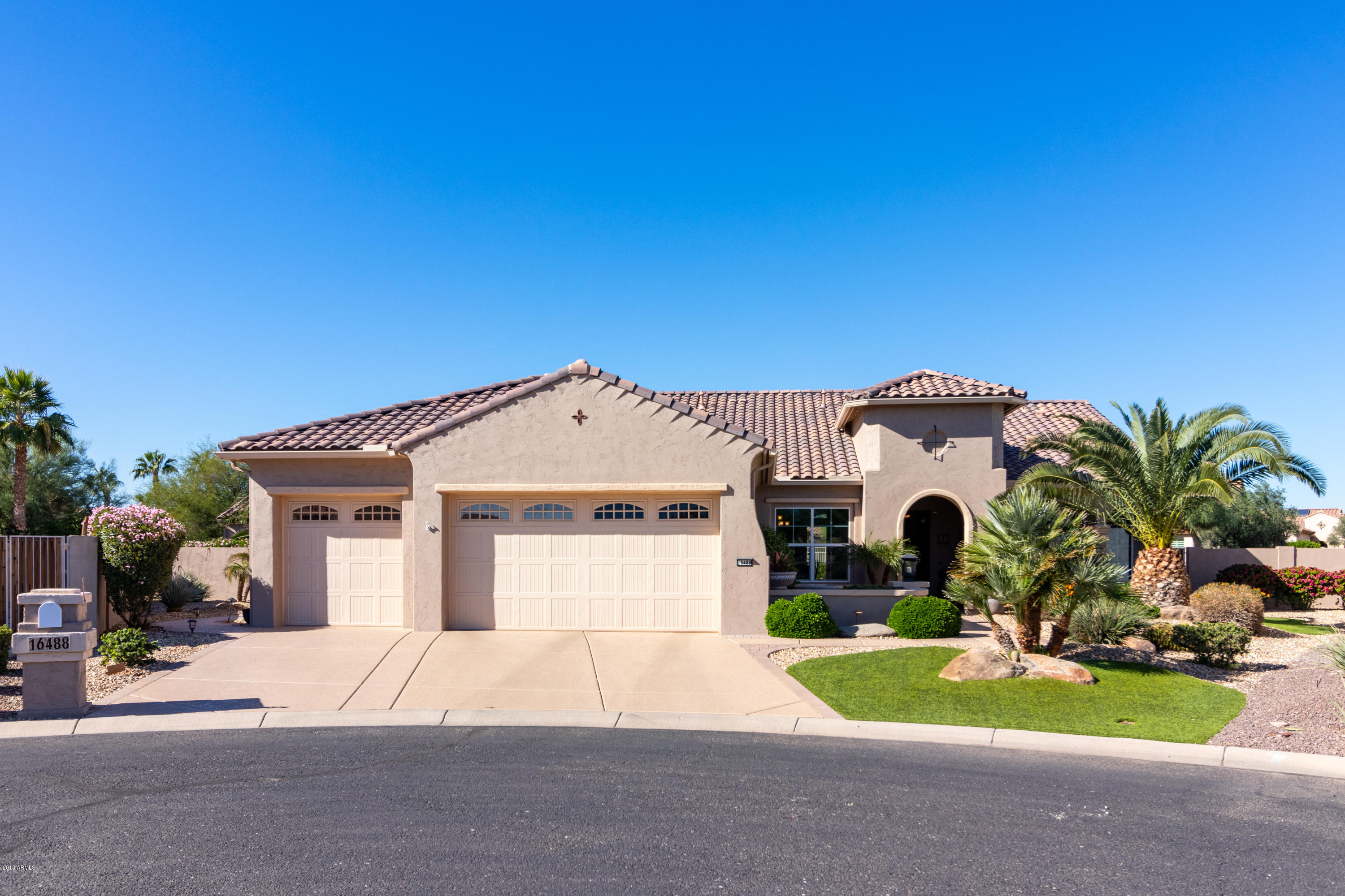 Photo of 16488 W WILSHIRE Drive, Goodyear, AZ 85395