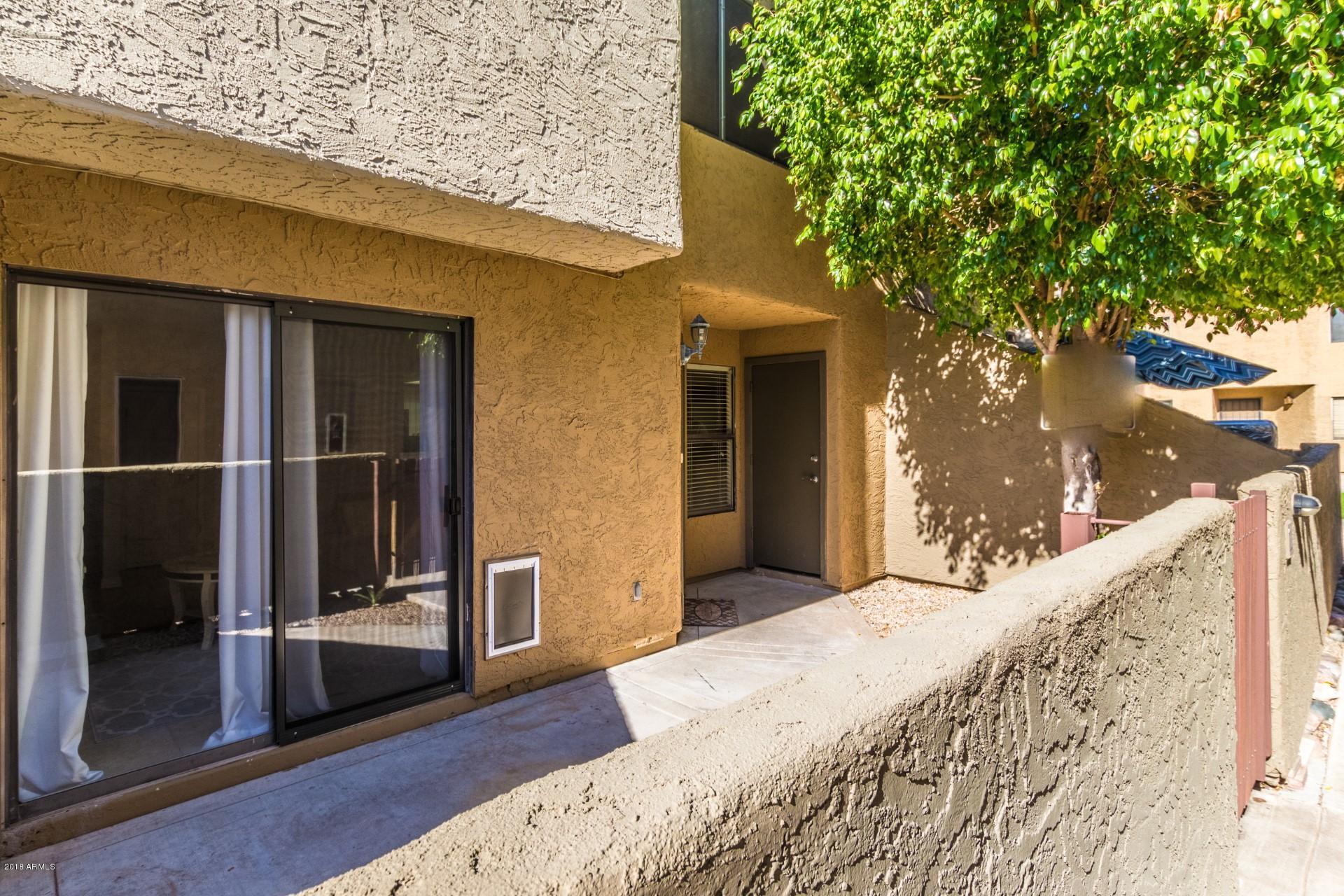 Photo of 2040 S LONGMORE -- #22, Mesa, AZ 85202