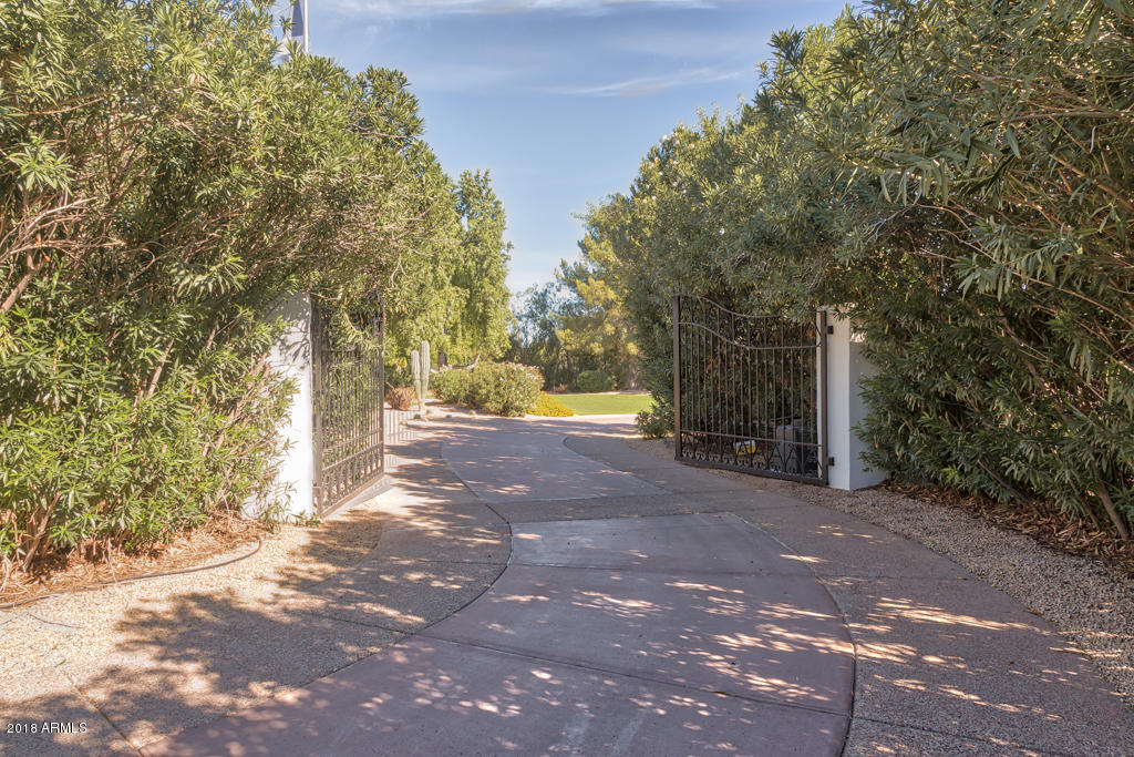 MLS 5837780 5627 N CASA BLANCA Drive, Paradise Valley, AZ Paradise Valley Horse Property for Sale