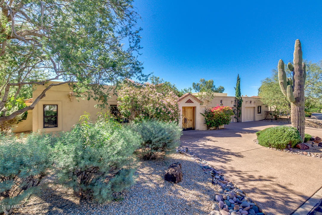 Photo of 8623 E CLUBHOUSE Way, Scottsdale, AZ 85255