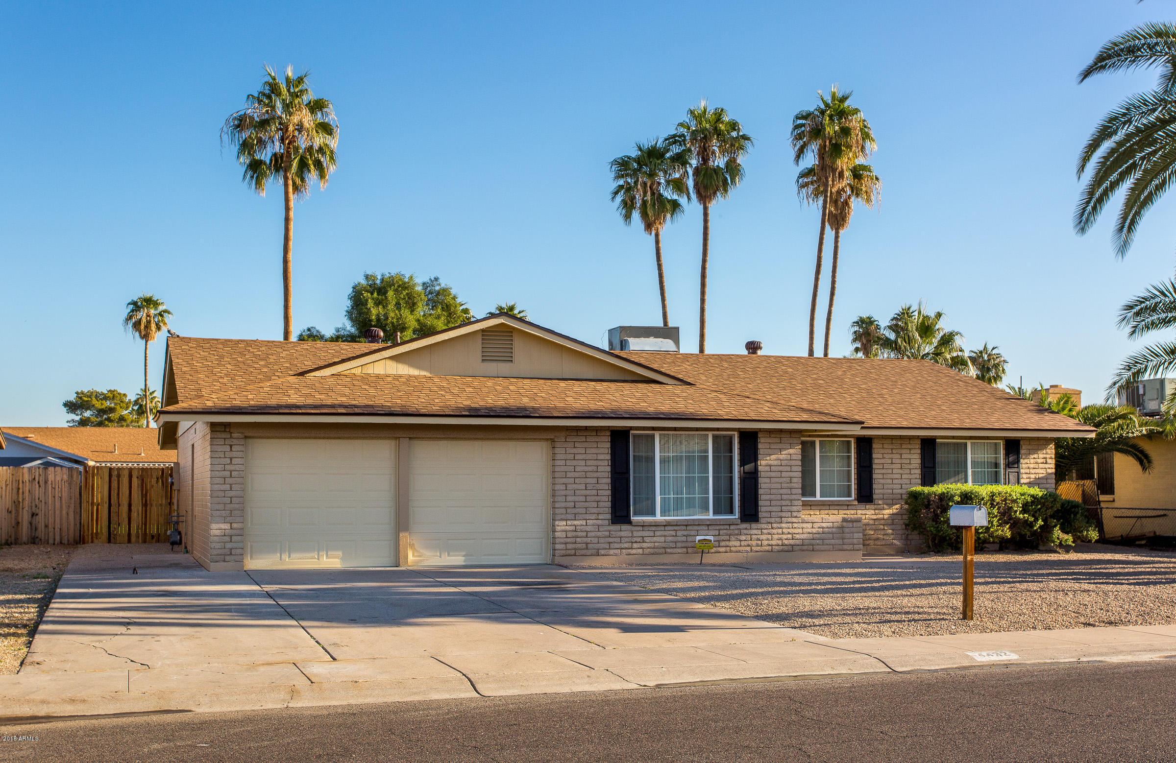 Photo of 4432 W MERCER Lane, Glendale, AZ 85304