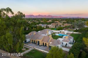 8323 N Morning Glory Road Paradise Valley, AZ 85253