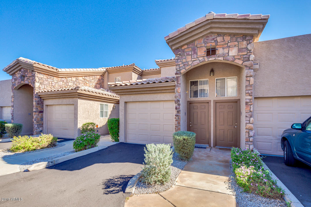 Photo of 13700 N FOUNTAIN HILLS Boulevard #302, Fountain Hills, AZ 85268
