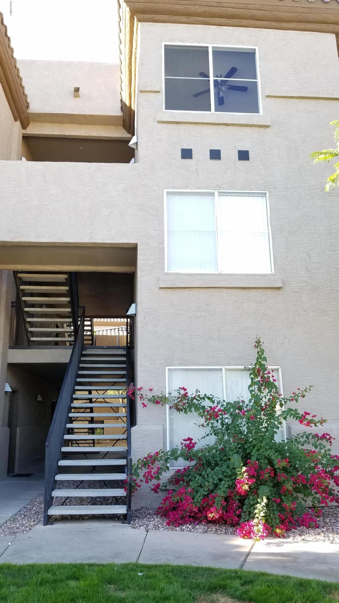 Photo of 3236 E CHANDLER Boulevard #3075, Phoenix, AZ 85048