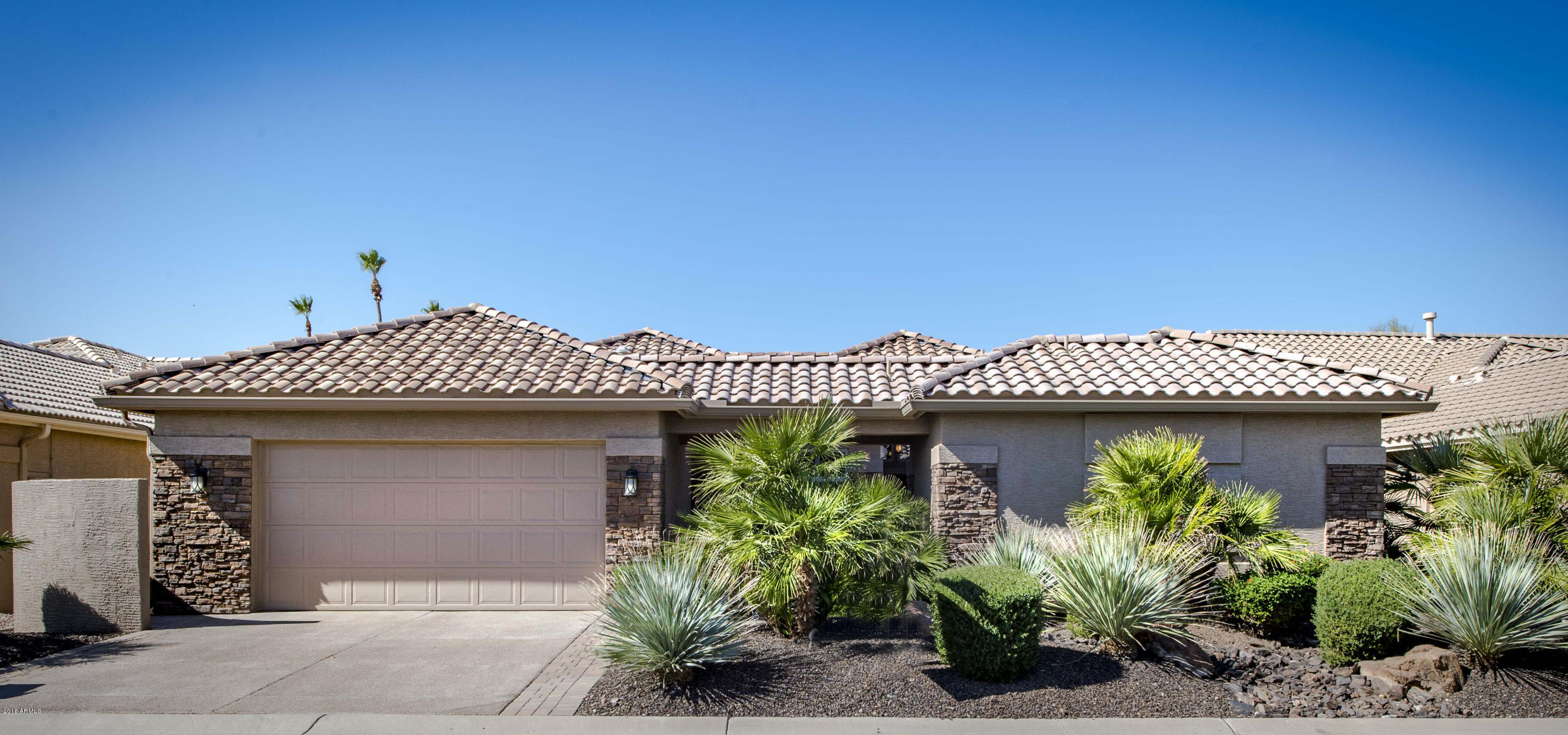 Photo of 24612 S DESERT FLOWER Drive, Sun Lakes, AZ 85248