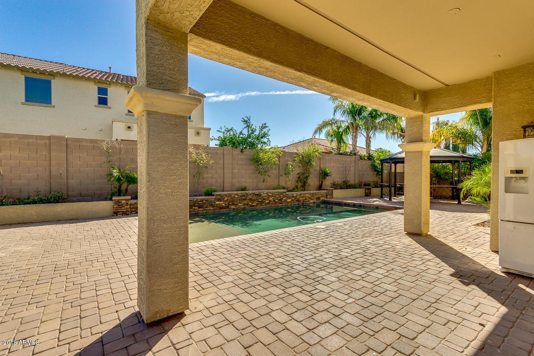 MLS 5845604 2611 E PARKVIEW Drive, Gilbert, AZ Gilbert AZ Vincenz
