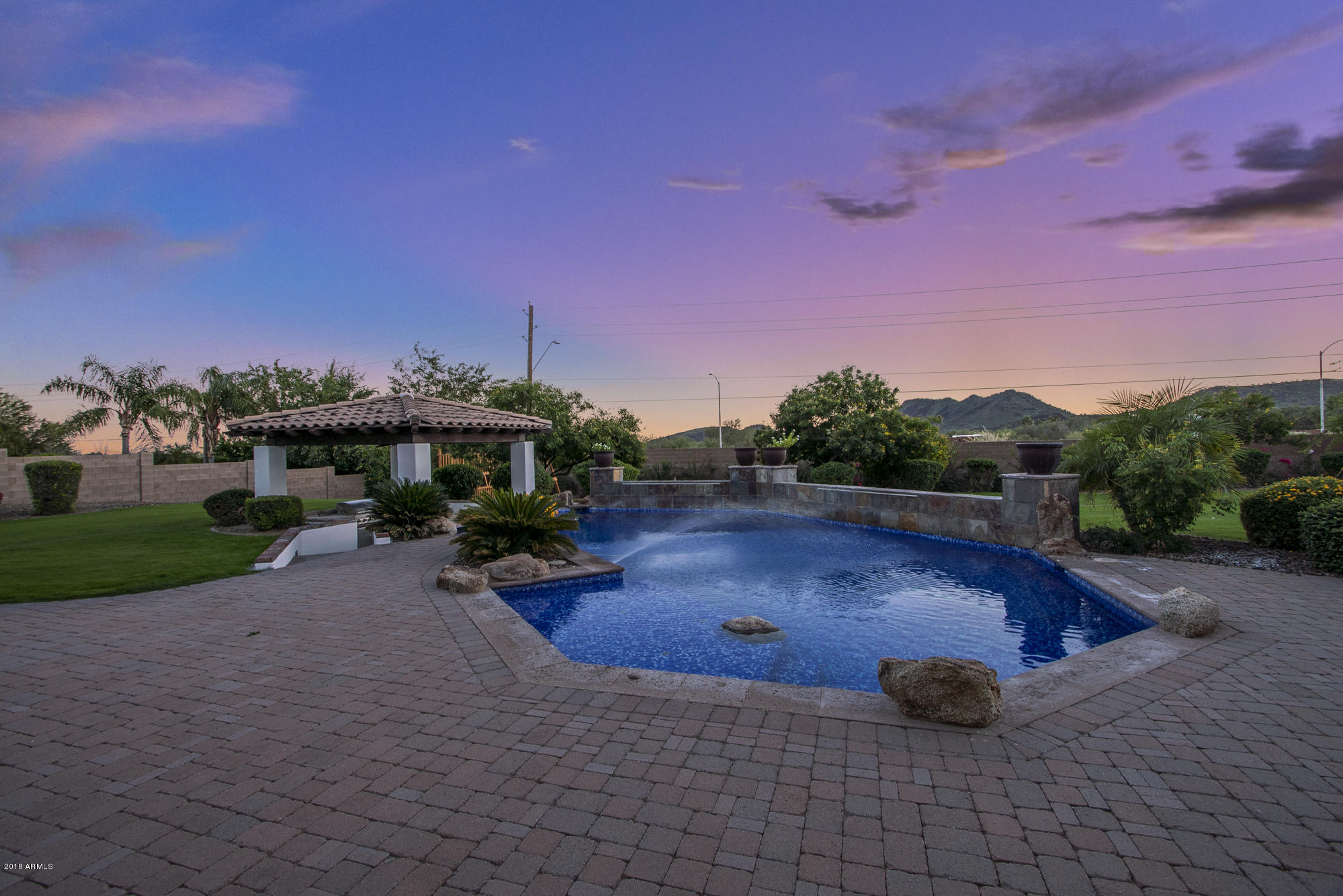 Photo of 4747 W ELECTRA Lane, Glendale, AZ 85310