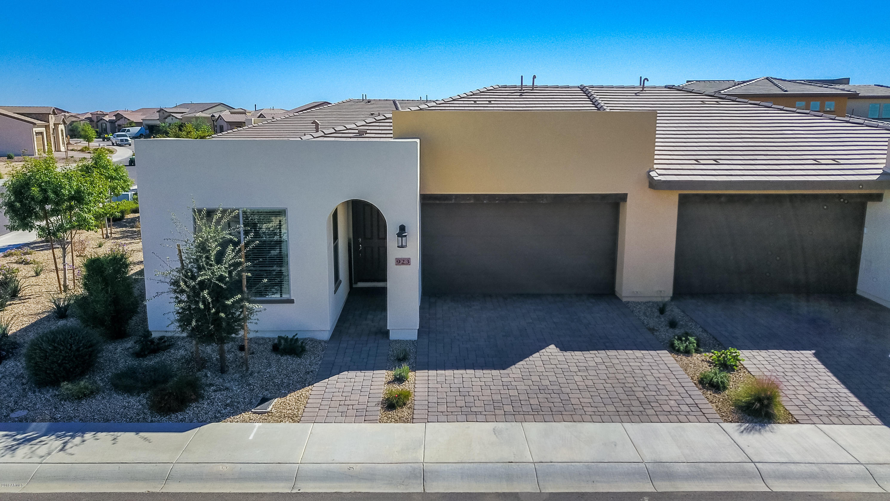 Photo of 923 E CEREUS Pass, San Tan Valley, AZ 85140