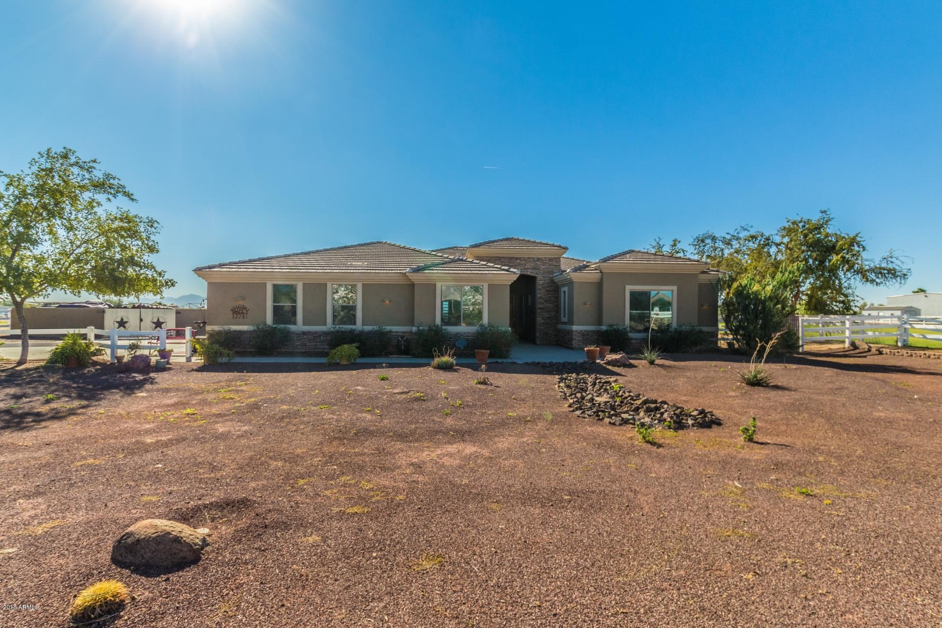Photo of 17731 W CLAREMONT Street, Waddell, AZ 85355