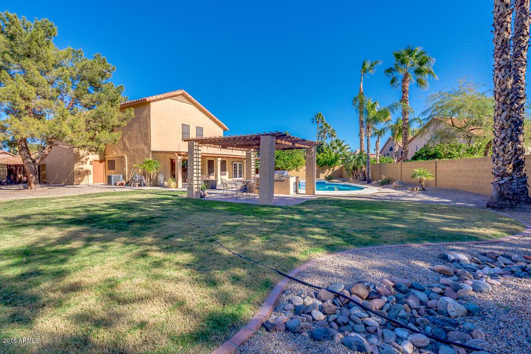 MLS 5848594 7427 W KRISTAL Way, Glendale, AZ Glendale AZ Near Water