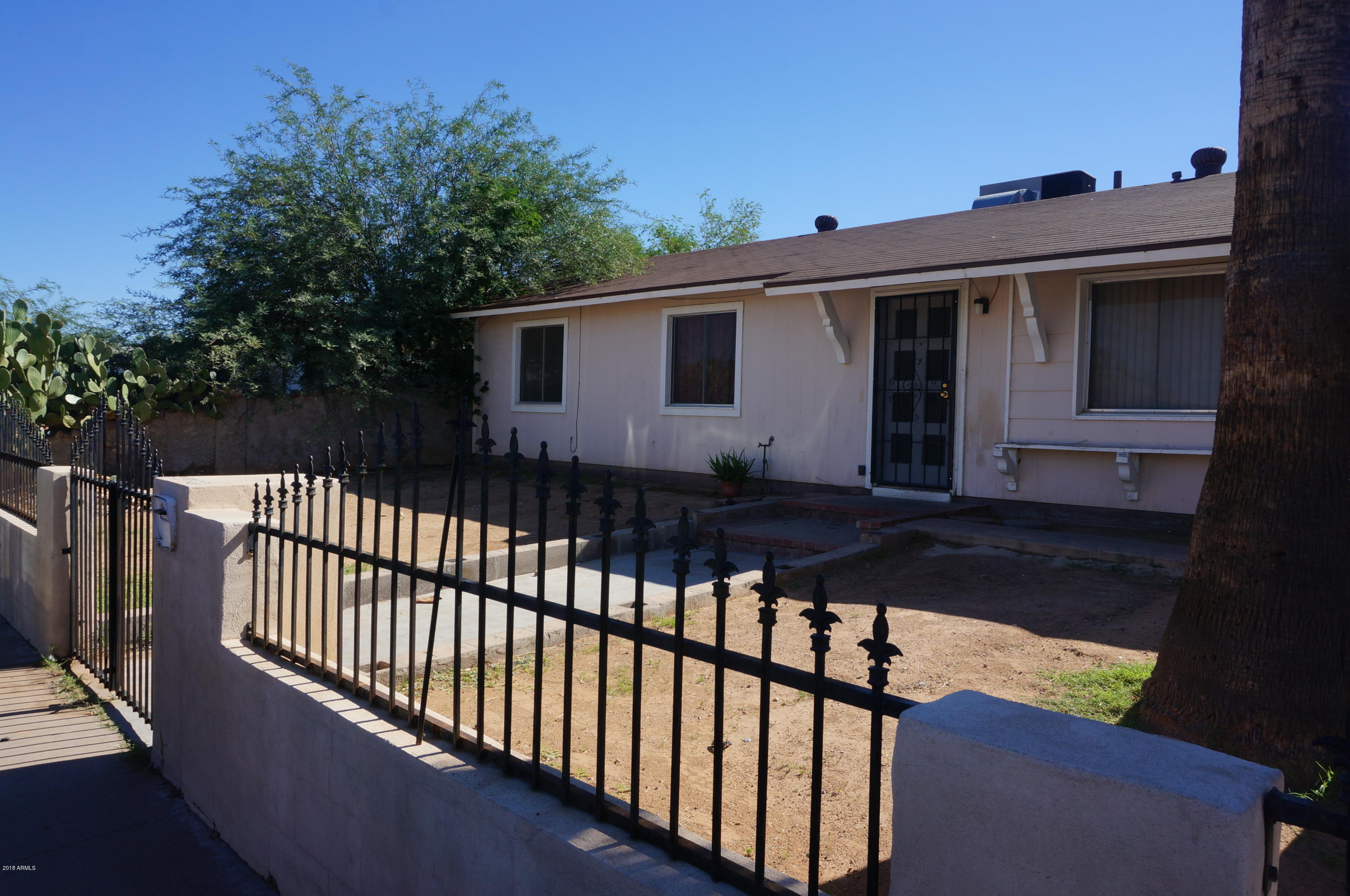 Photo of 4645 E PECAN Road, Phoenix, AZ 85040