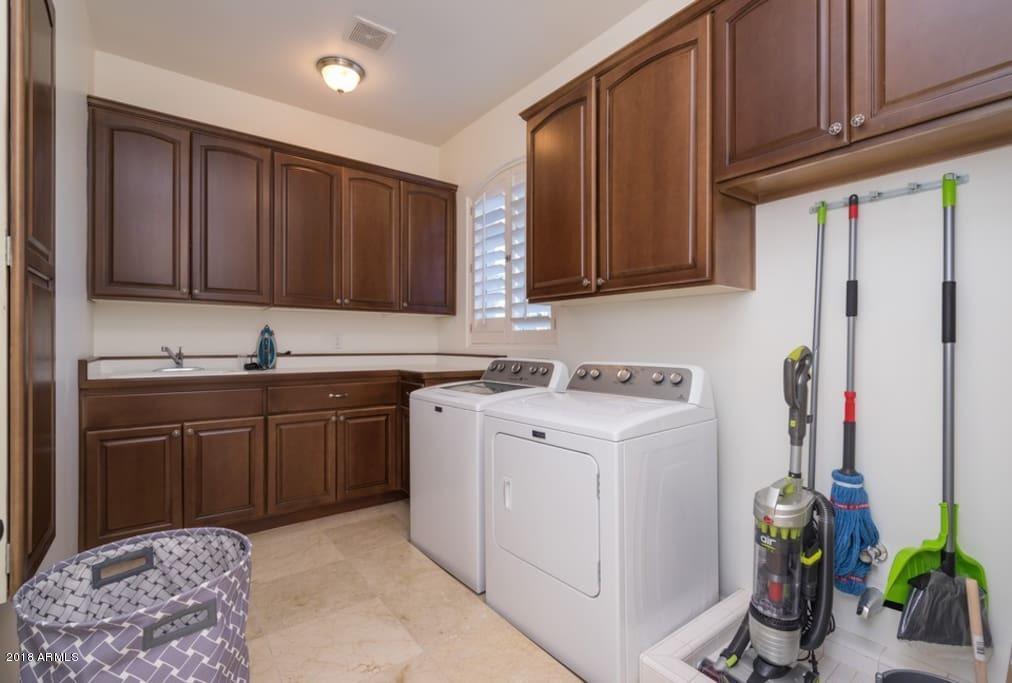 MLS 5846546 8624 N 64th Place, Paradise Valley, AZ 85253 Paradise Valley AZ Camelback Country Estates
