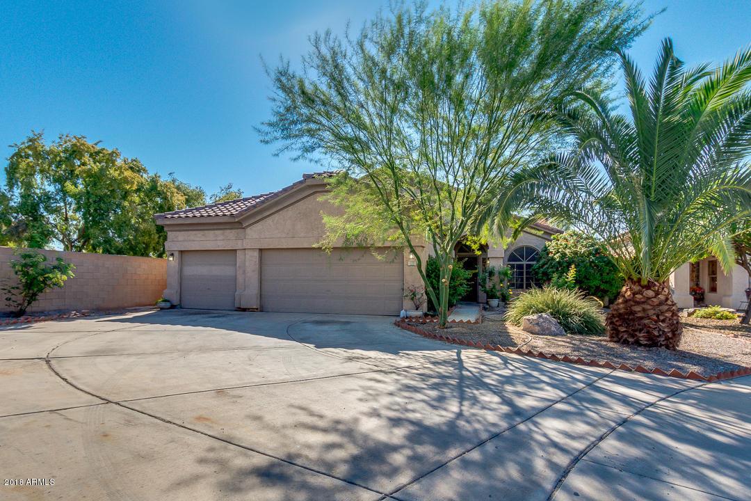 Photo of 779 E STOTTLER Drive, Gilbert, AZ 85296
