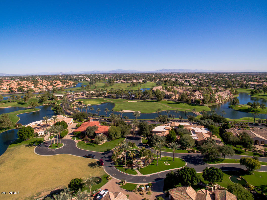 MLS 5846990 3800 S CLUBHOUSE Drive Unit 5, Chandler, AZ 85248 Golf Community