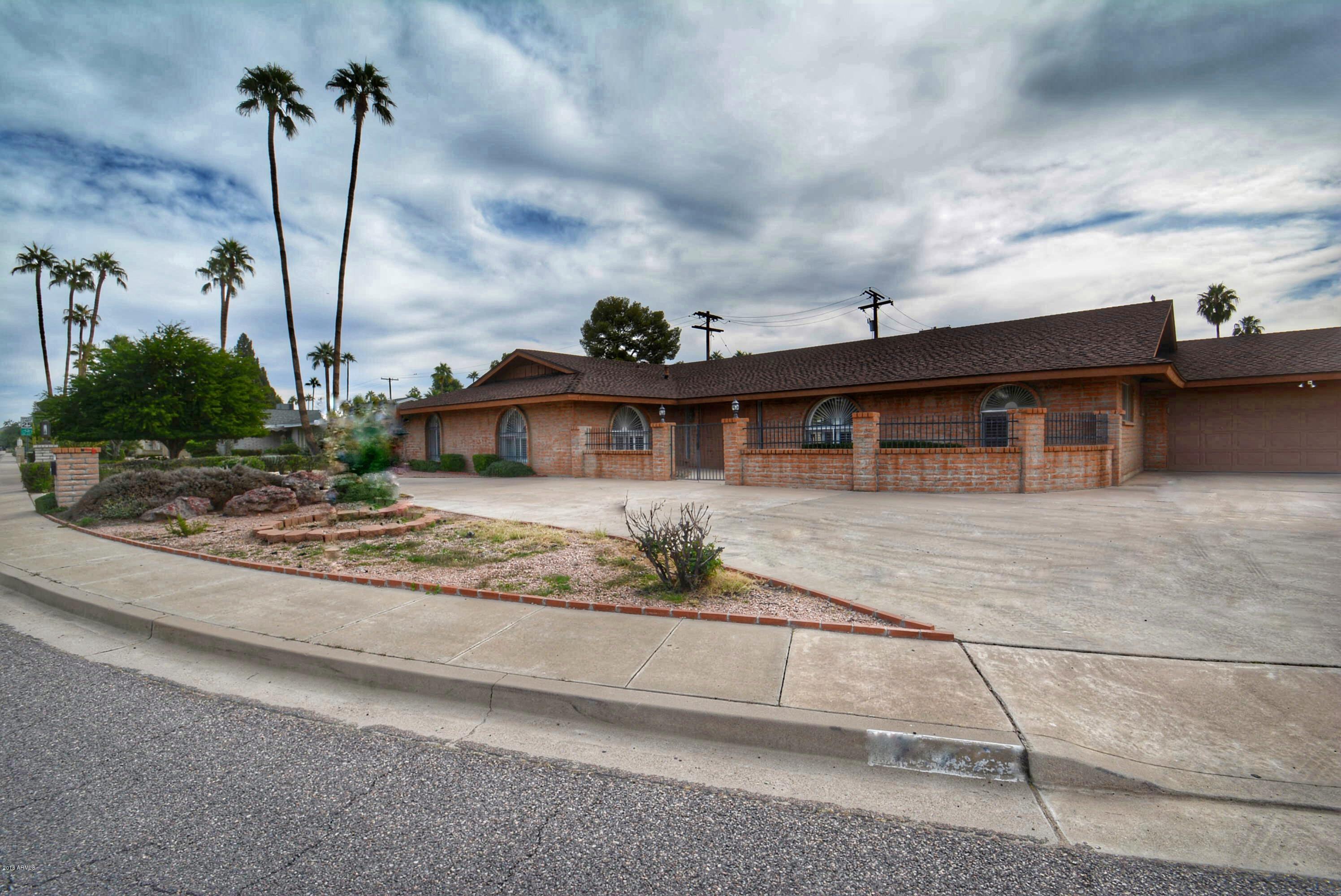 MLS 5847203 14201 N CANTERBURY Drive, Phoenix, AZ 85023 Phoenix AZ Moon Valley