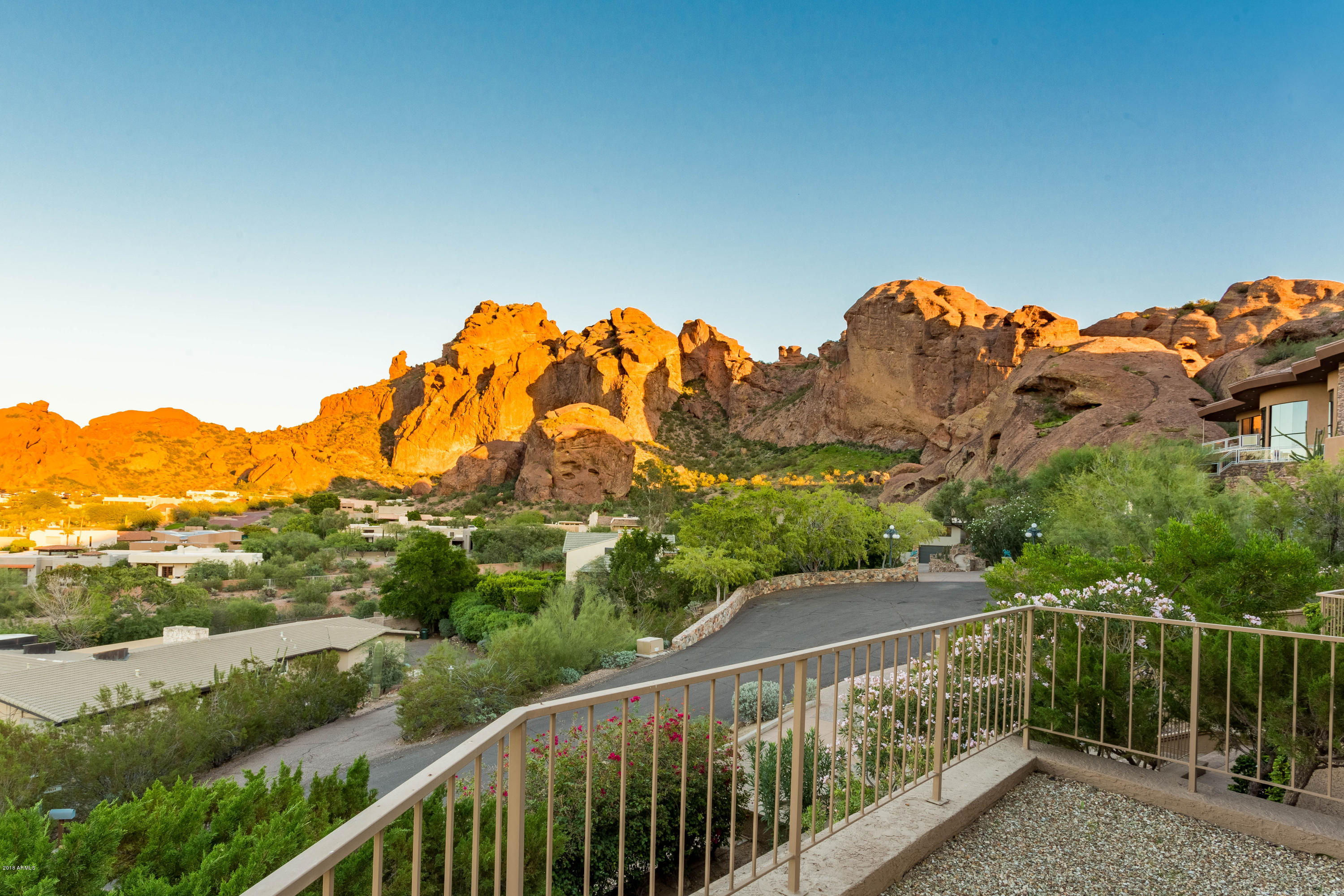 MLS 5847370 5655 N CAMELBACK CANYON Drive, Phoenix, AZ 85018 Phoenix AZ 5 or More Bedroom