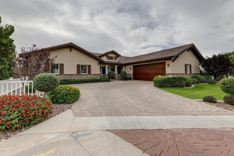 2521 E SOLANO Drive, Phoenix AZ 85016