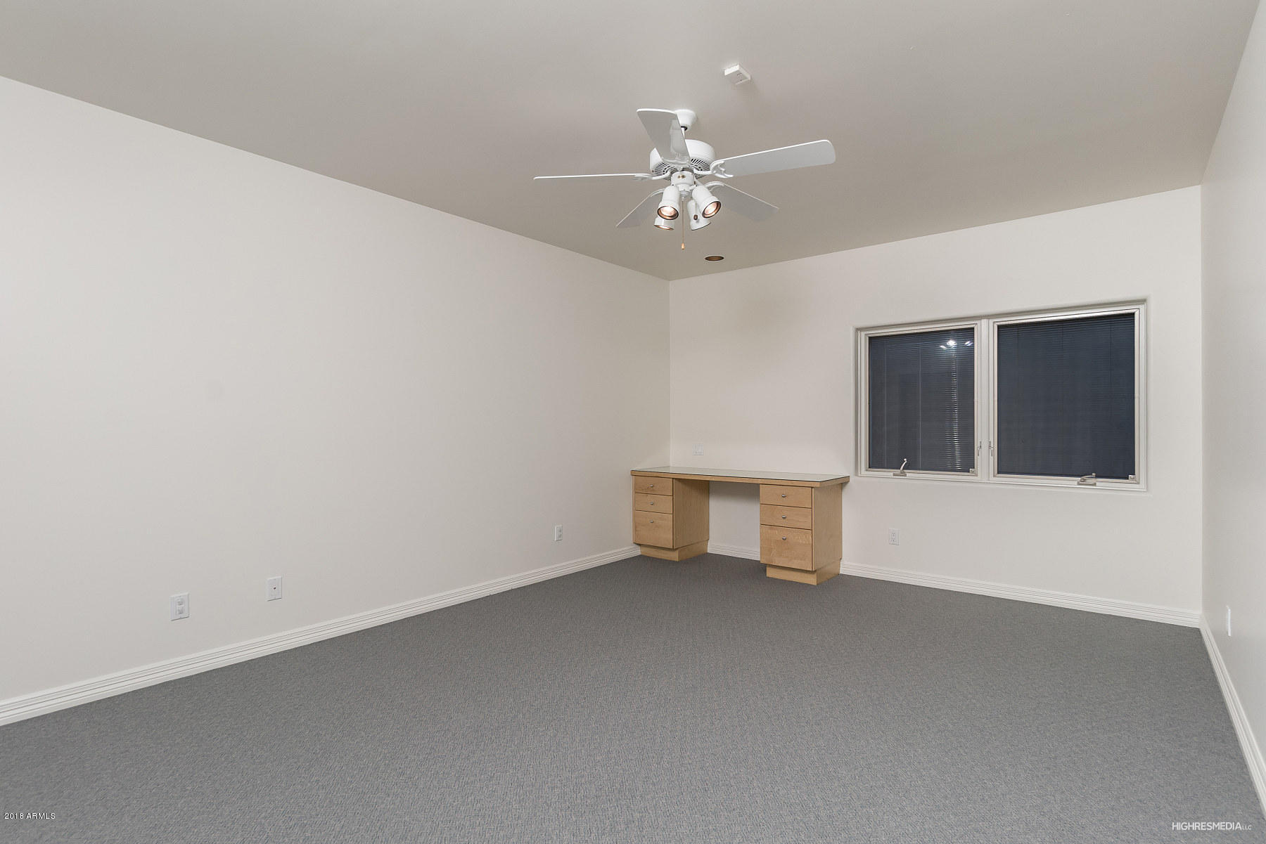 MLS 5847463 1225 E WARNER Road Unit 17, Tempe, AZ 85284 Tempe