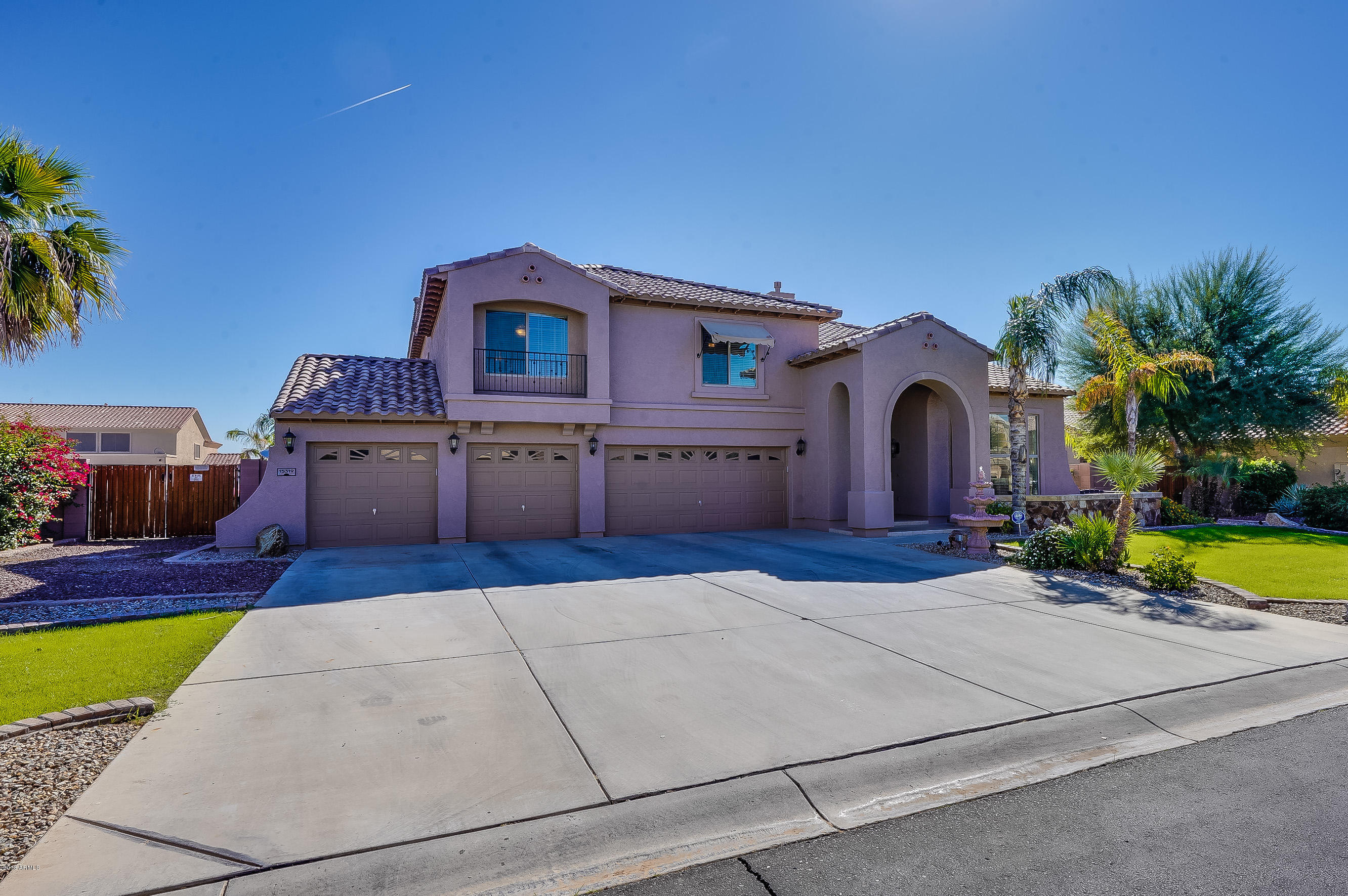 Photo of 15319 W DESERT MIRAGE Drive, Surprise, AZ 85379