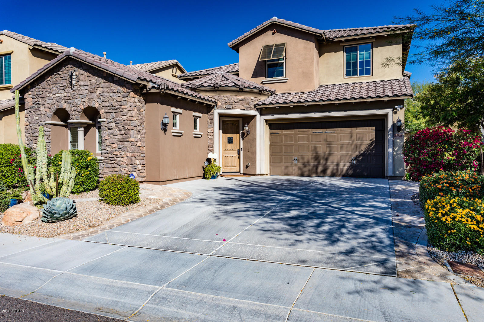 Photo of 3752 E COVEY Lane, Phoenix, AZ 85050