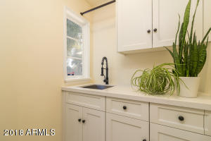 AZA_Listing_1628_PalmcroftWay_Images-26