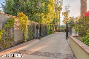 AZA_Listing_1628_PalmcroftWay_Images-40