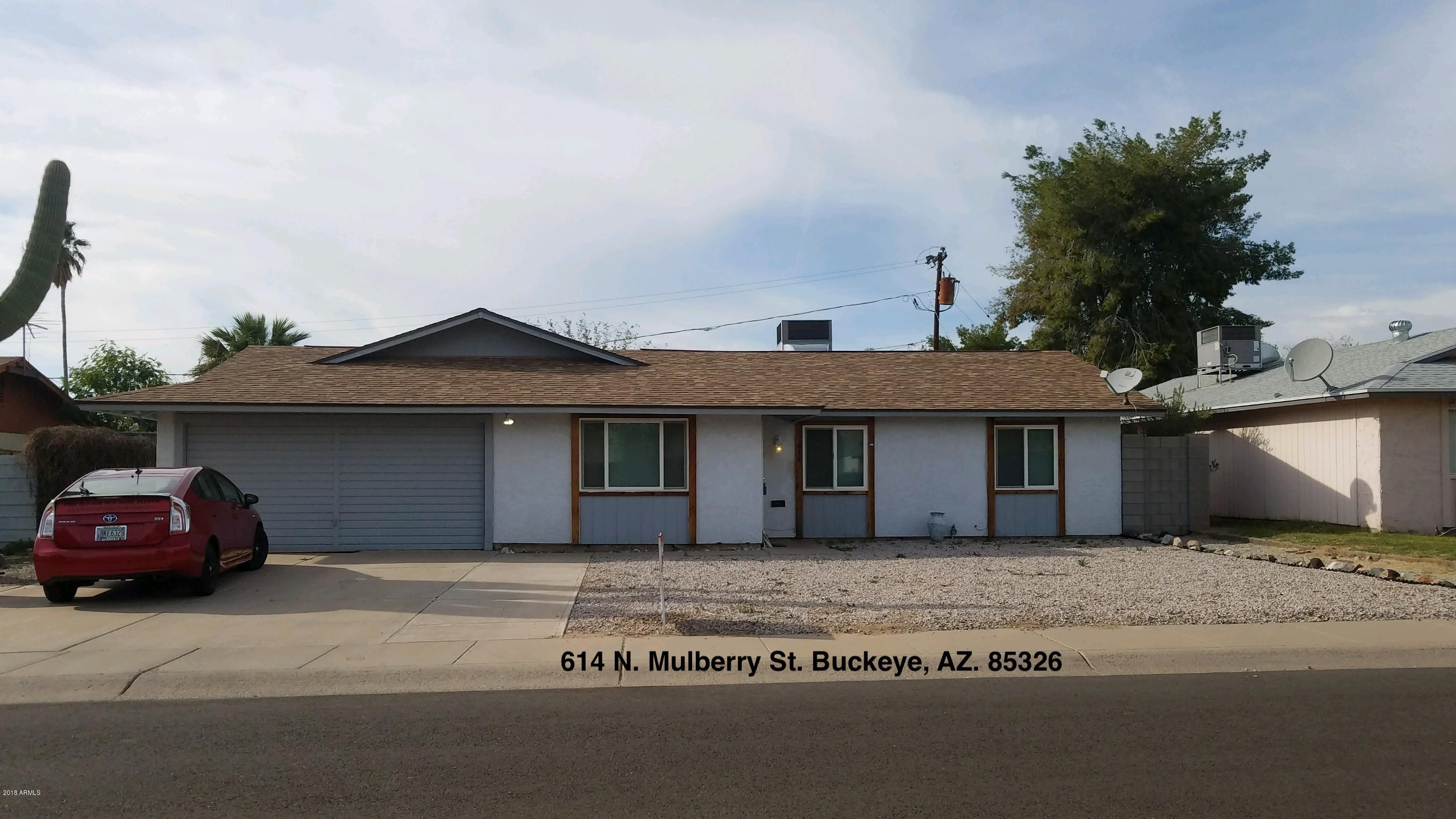 Photo of 614 N MULBERRY Street N, Buckeye, AZ 85326