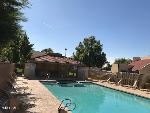 Photo of 4751 W NEW WORLD Drive, Glendale, AZ 85302