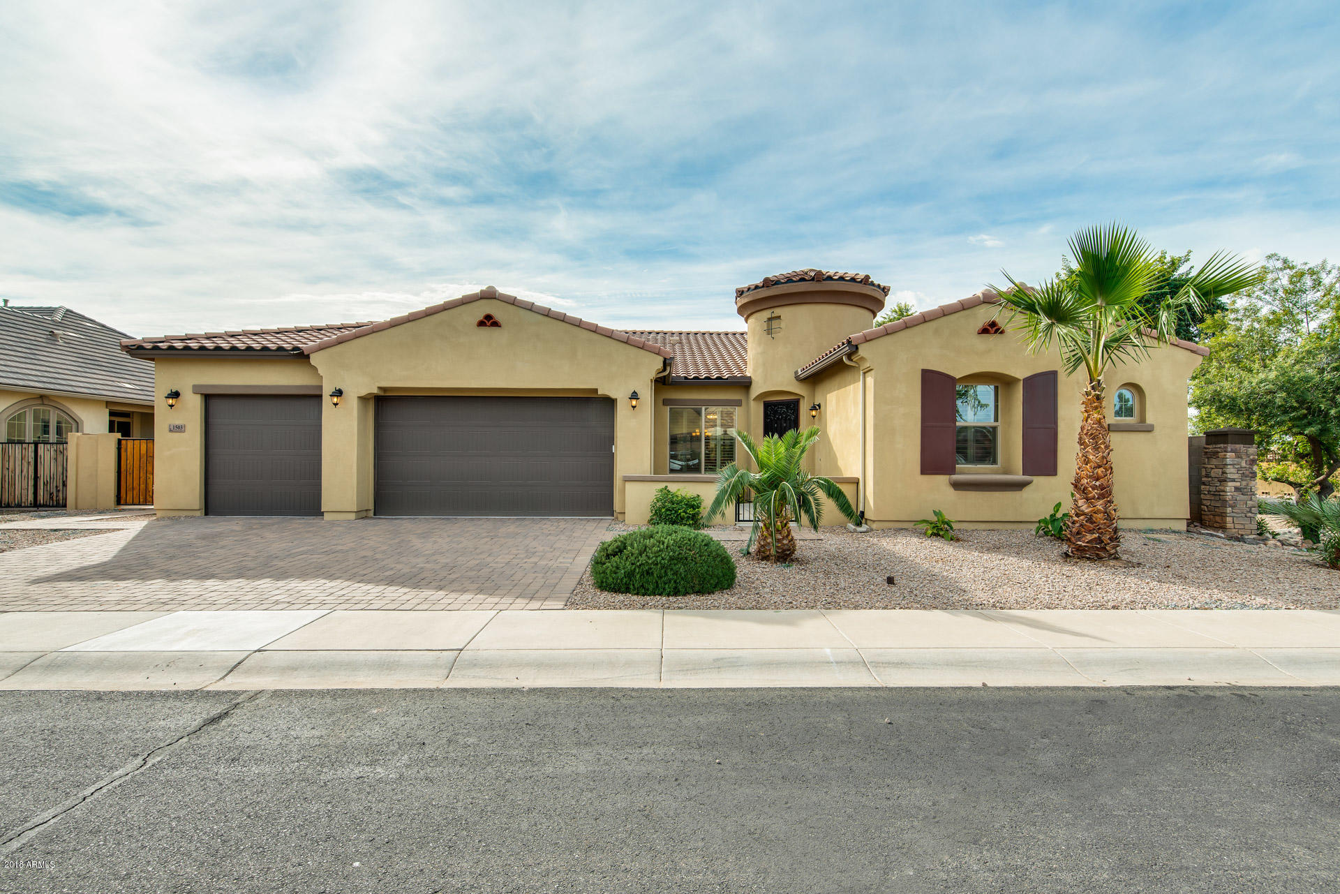 Photo of 1503 E GEMINI Place, Chandler, AZ 85249