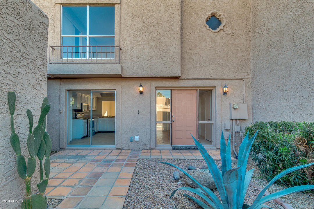 Photo of 4119 E CHARTER OAK Road, Phoenix, AZ 85032