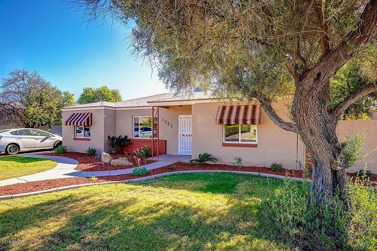 Photo of 1253 E CAMBRIDGE Avenue, Phoenix, AZ 85006
