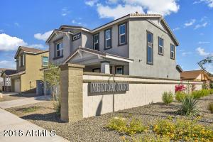 2324 S Wycliff Circle Mesa, AZ 85210
