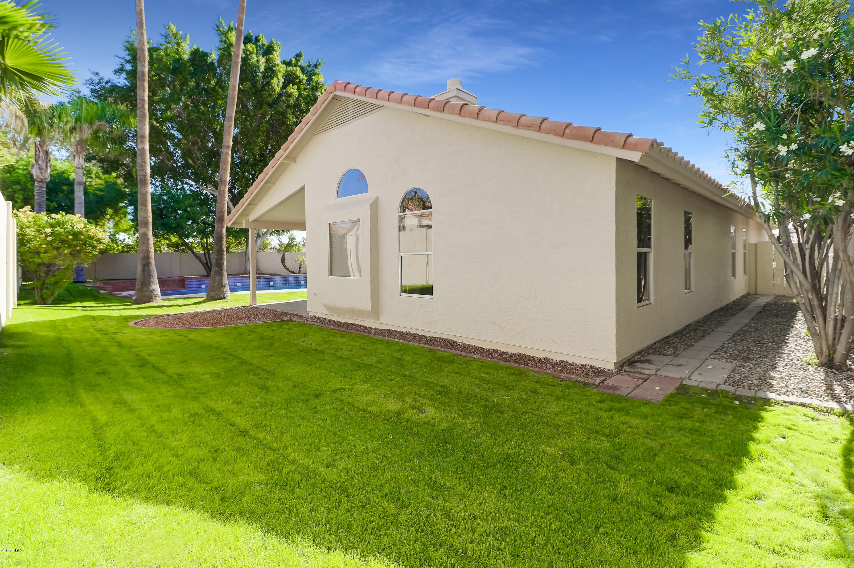 MLS 5849975 7736 W TOPEKA Drive, Glendale, AZ Glendale AZ Near Water