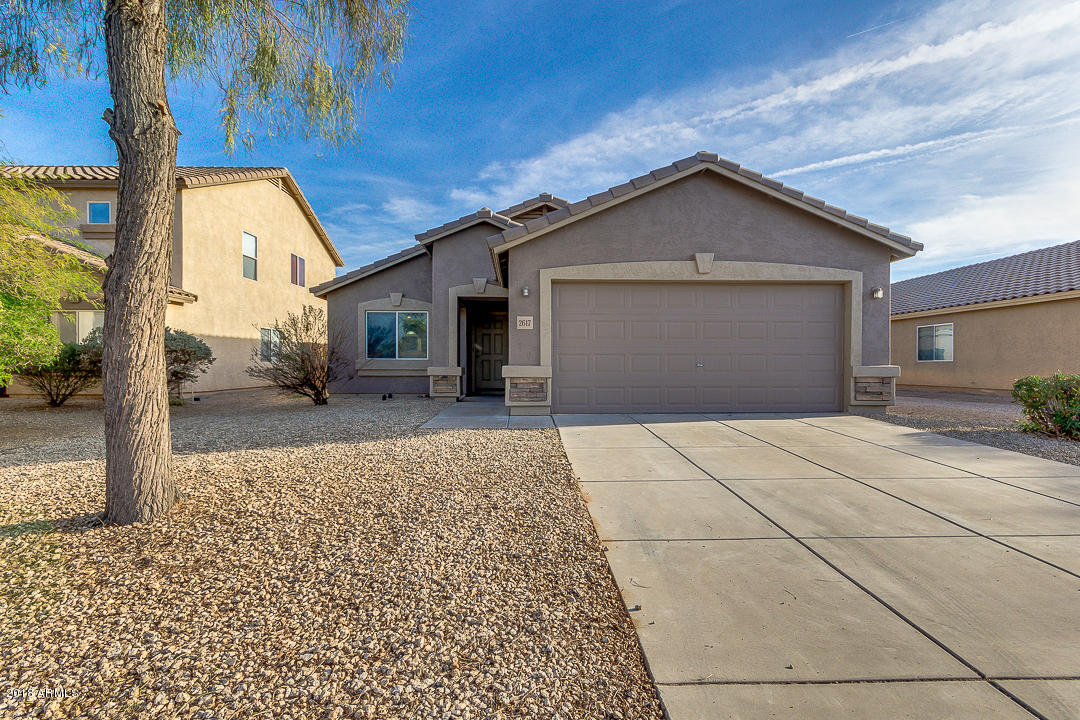 Photo of 2617 E OLIVINE Road, San Tan Valley, AZ 85143