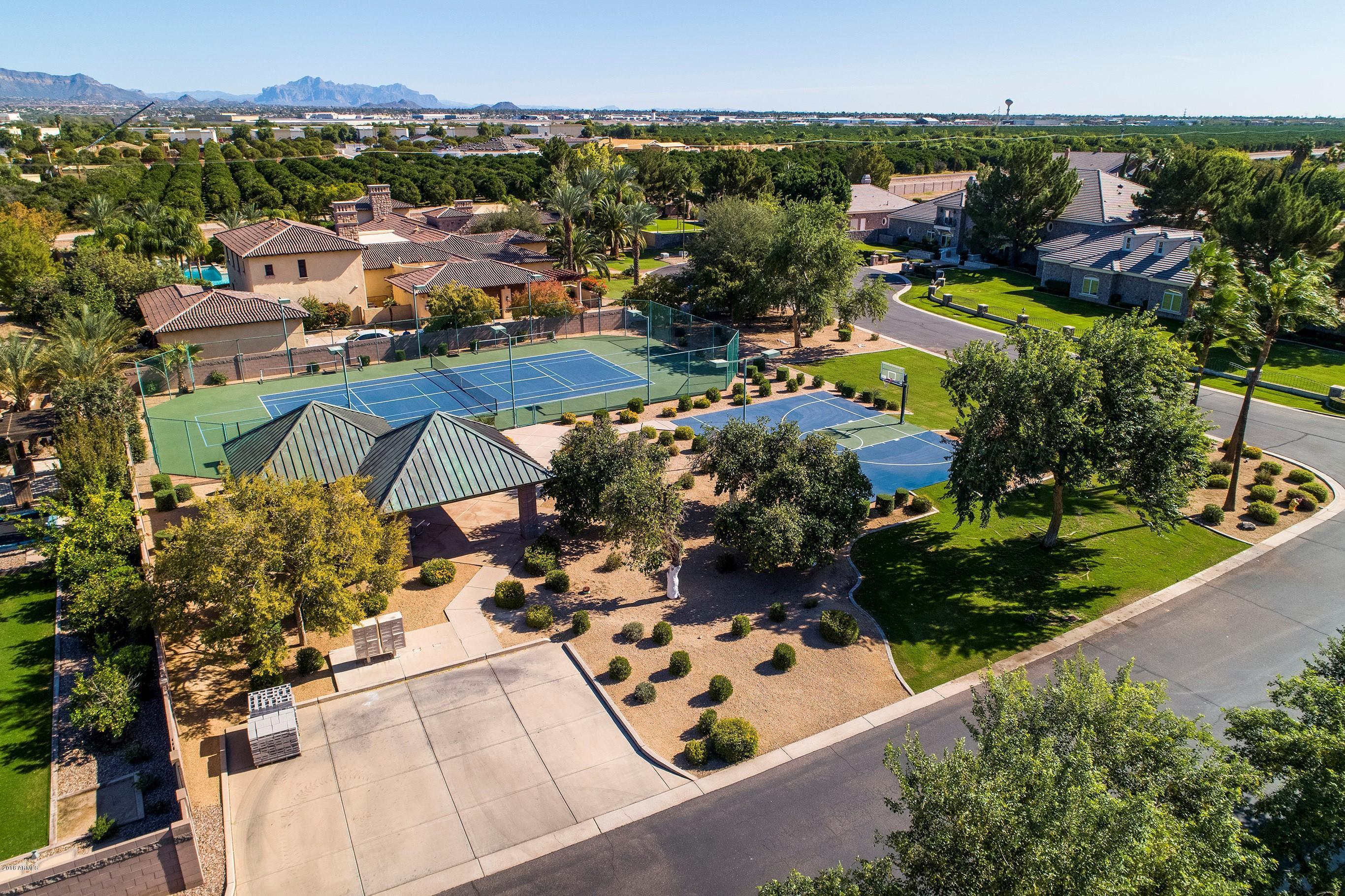 MLS 5850548 3925 E NORCROFT Circle, Mesa, AZ