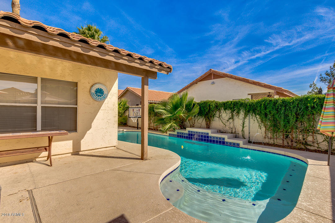 MLS 5850818 841 S PRESIDIO Drive, Gilbert, AZ Gilbert AZ Private Pool