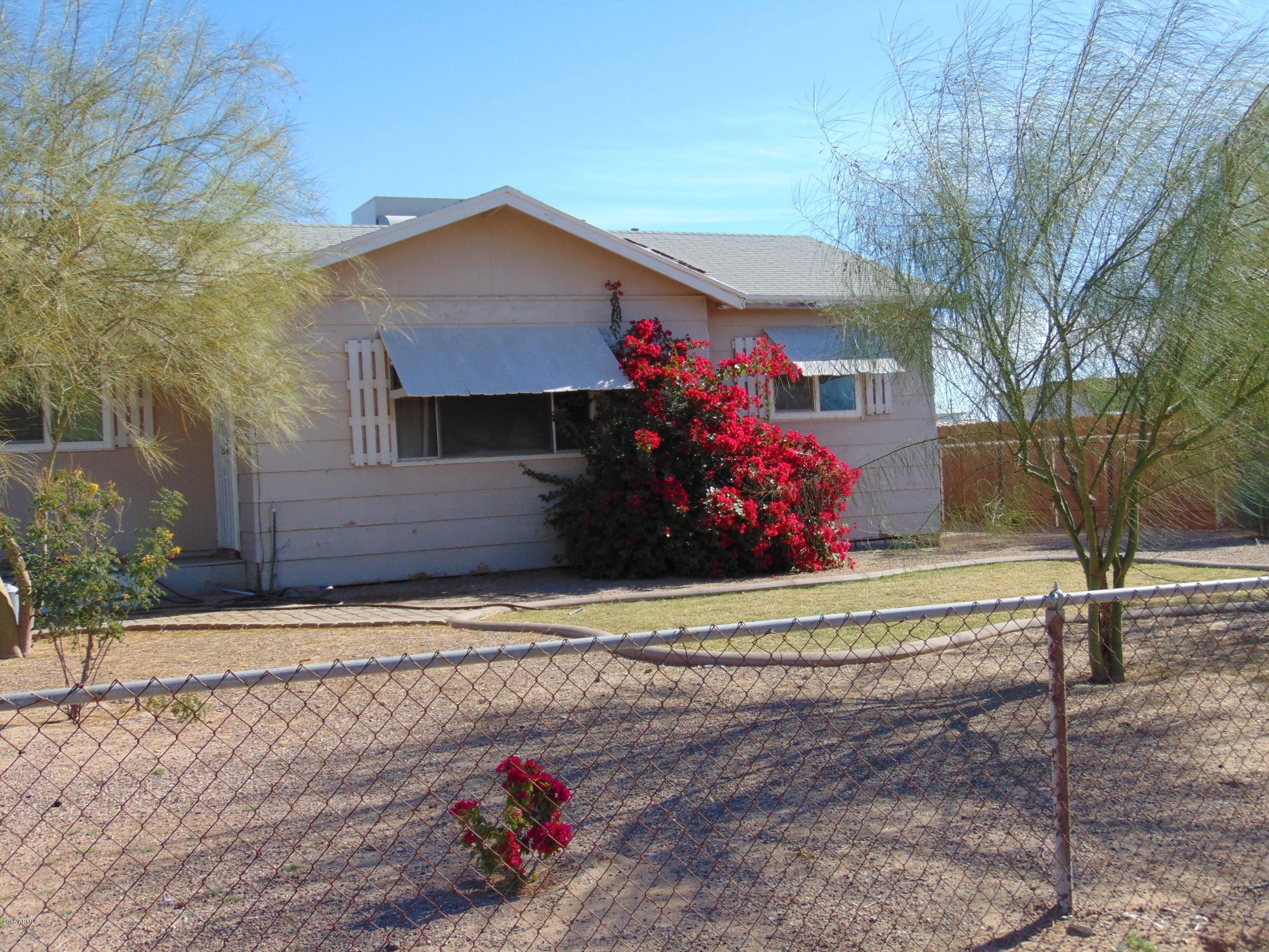Photo of 1646 N THORNTON Road, Casa Grande, AZ 85122