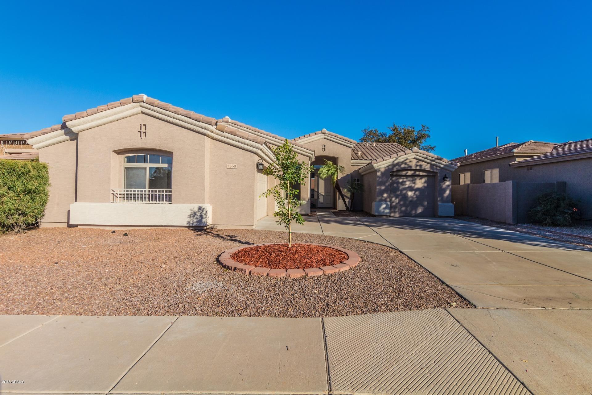 Photo of 1560 W SARAGOSA Street, Chandler, AZ 85224
