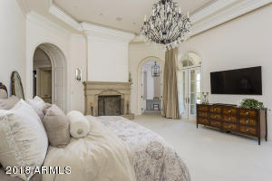 25b Master Bedroom