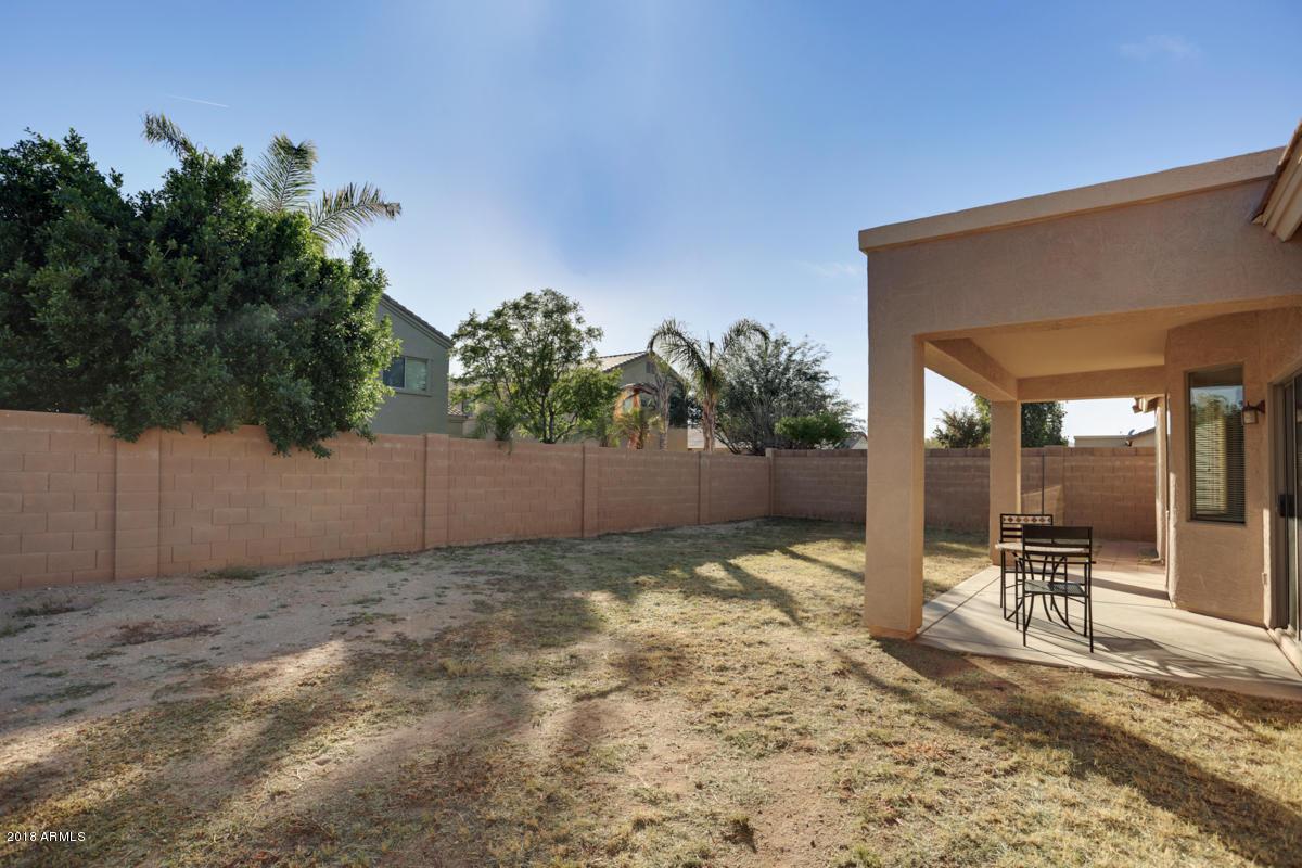 17611 W CROCUS Drive Surprise, AZ 85388 - MLS #: 5810364