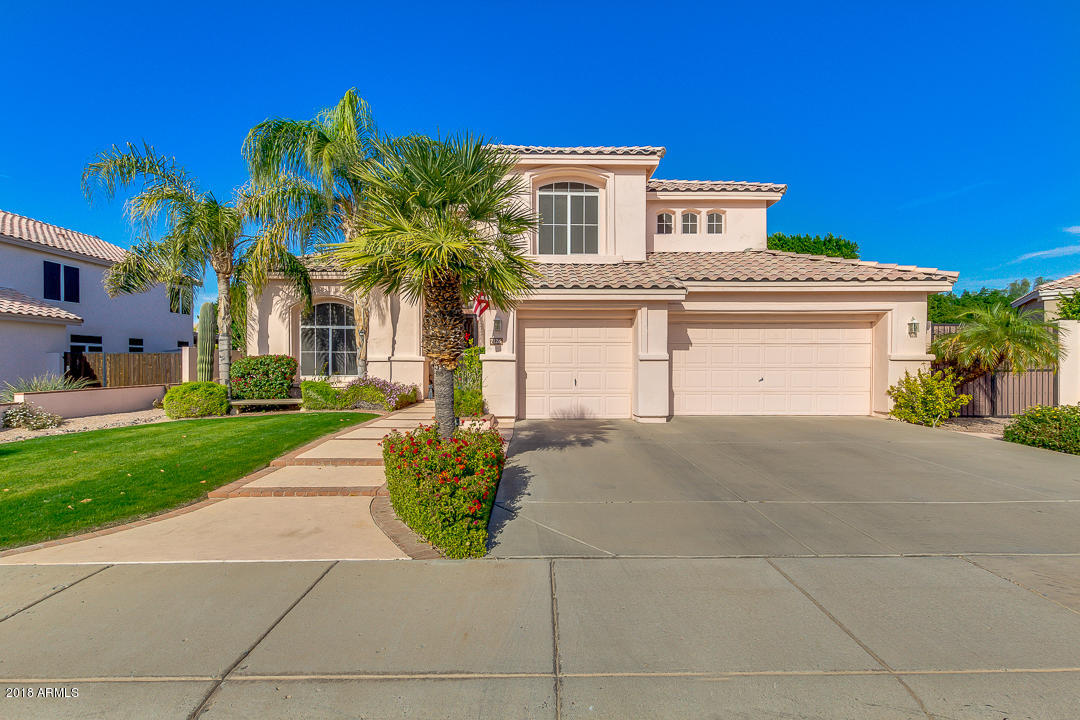 Photo of 7126 W PARAISO Drive, Glendale, AZ 85310