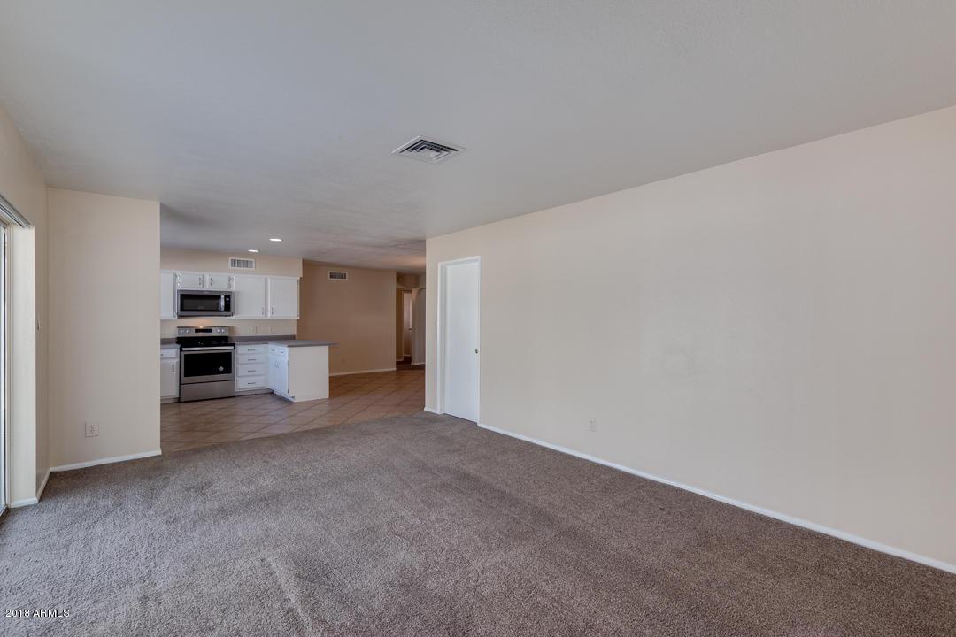 8140 W HEATHERBRAE Drive Phoenix, AZ 85033 - MLS #: 5851672