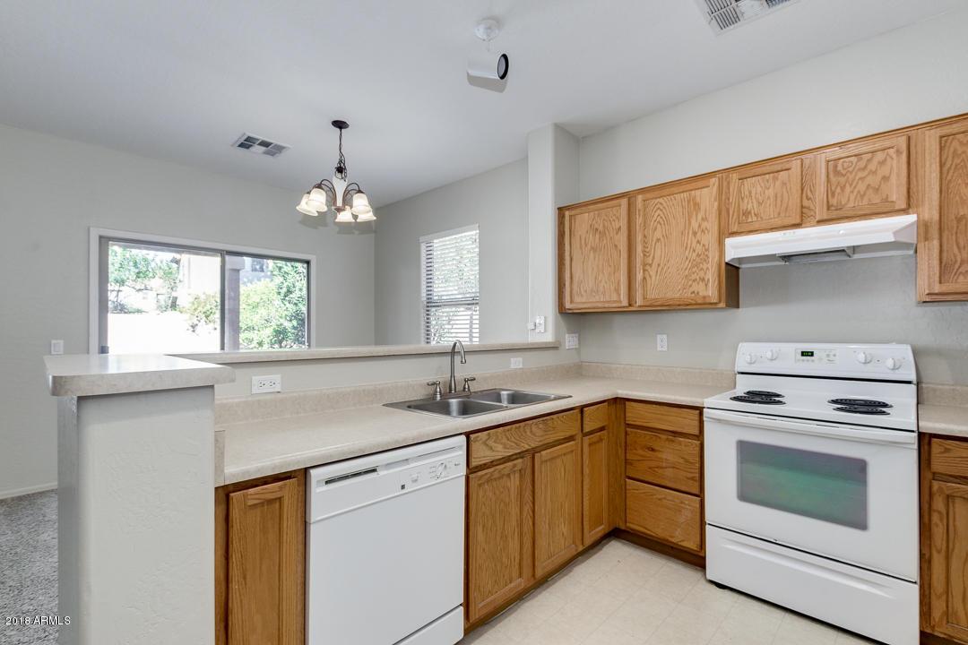 4490 E LOMA VISTA Street Gilbert, AZ 85295 - MLS #: 5851924
