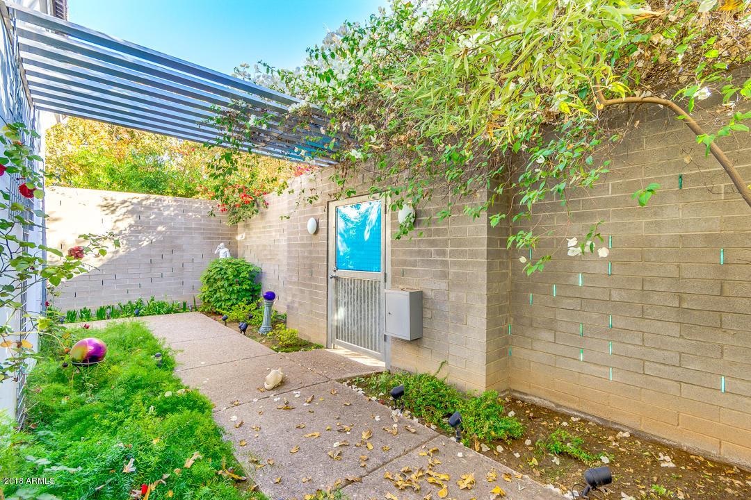 MLS 5851981 728 E ROSE Lane, Phoenix, AZ 85014 Phoenix AZ Three Bedroom