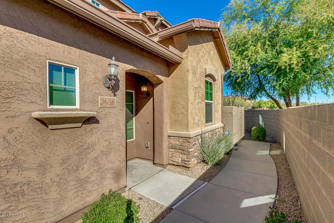Photo of 3636 E COVEY Lane, Phoenix, AZ 85050